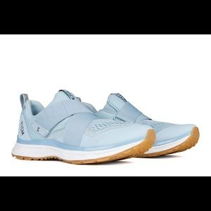 Sky Blue Tiem Spin Shoes
